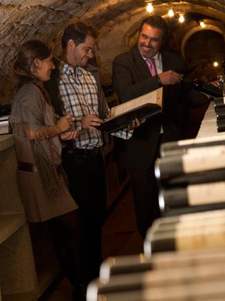 The pleasure of choosing wine with the sommelier