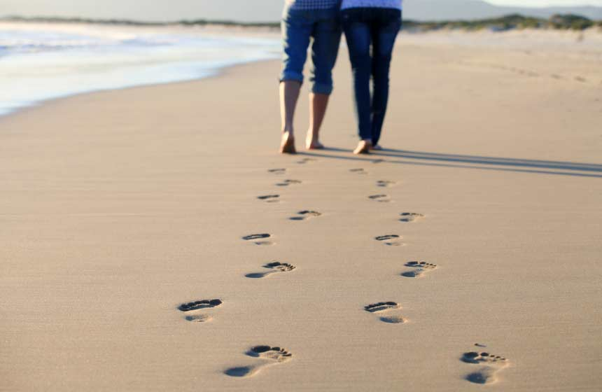Romantic strolls on the beach, within easy reach of Calais in Northern France