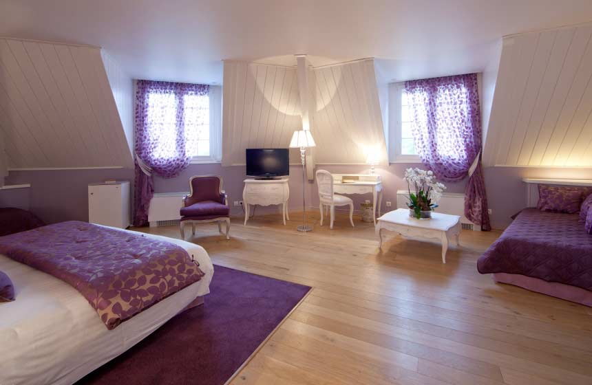 Château de la Tour - Your room combine modern comfort with an elegant decor - Chantilly-Gouvieux