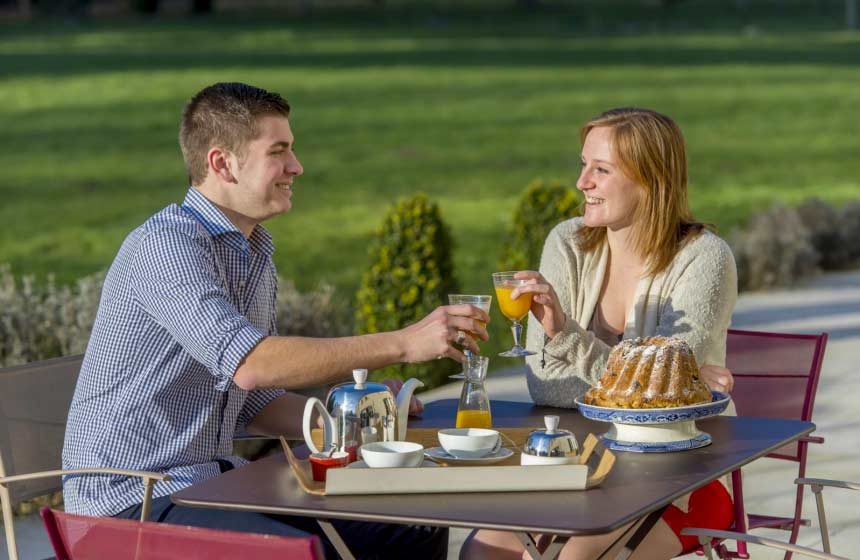 Kick start your champagne break with a great breakfast  at B&B La Porte d'Arcy