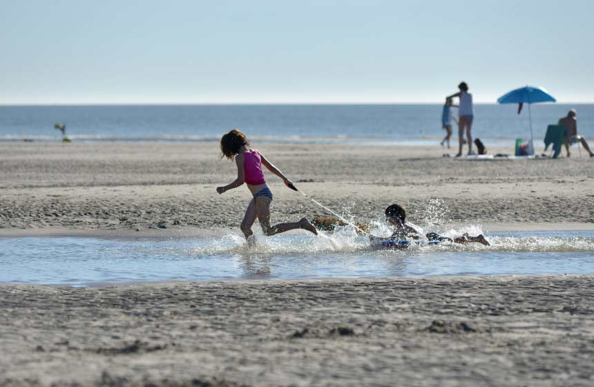 The beach at Le Crotoy on the Somme bay makes the perfect playground for children