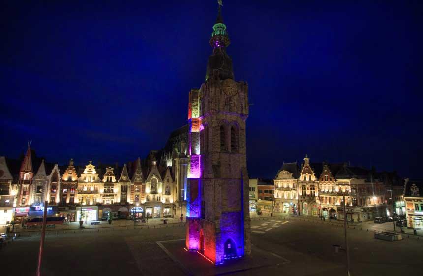The illuminated belfry on Béthune's main square