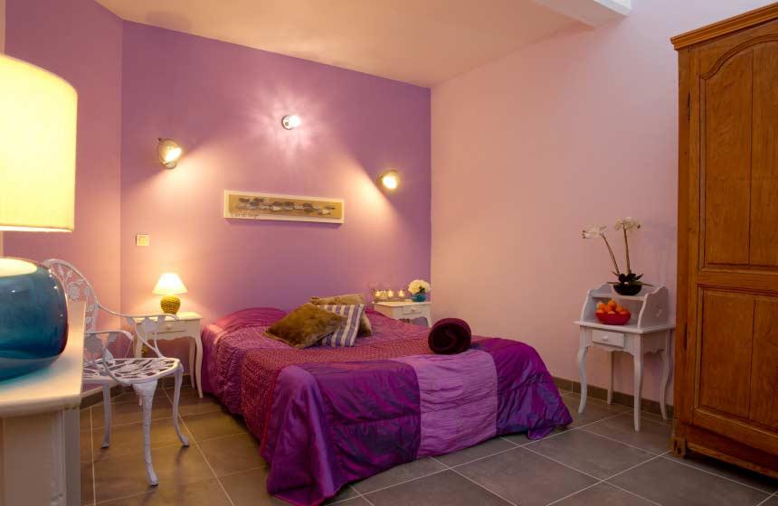 Le-Domaine-des-Celestins-chambre-des-parents-Bernay-en-Ponthieu-2