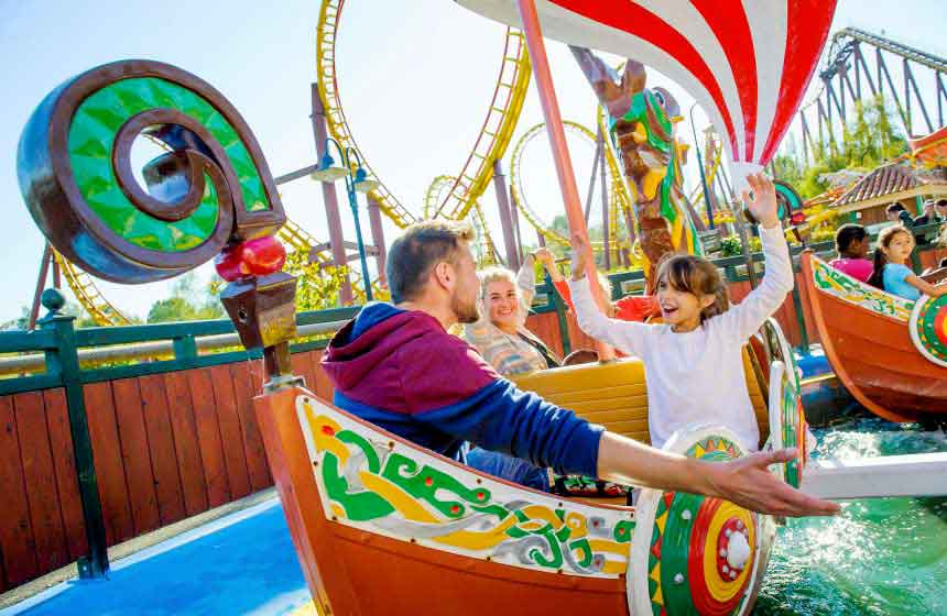 Le Parc Astérix theme park is within easy reach of Le Bois de Rosoy treehouse bed and breakfast in Rosoy en Multien, Northern France