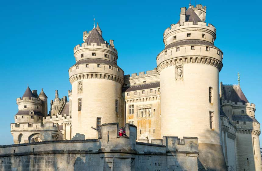 Château de Pierrefonds is right on the doorstep of your B&B and family room at Les Hauts de Pierrefonds in Northern France