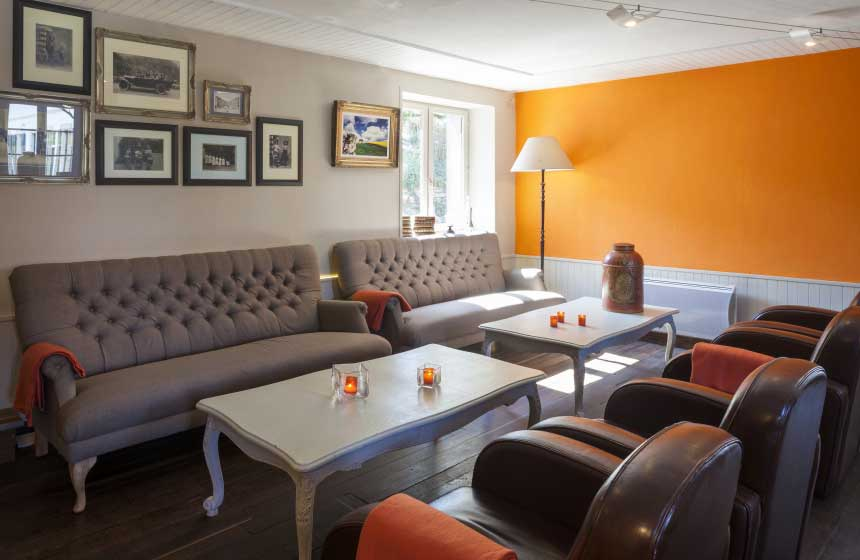 The cosy and chic lounge at Ferme du Vert hotel near Calais in Northern France