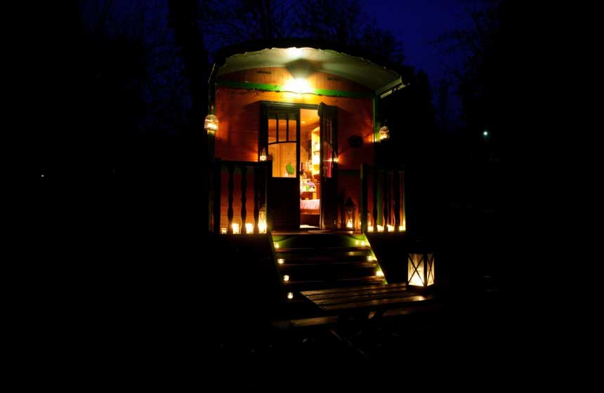 Maison de l'Omignon's gypsy caravan: a magically unusual place to stay in France