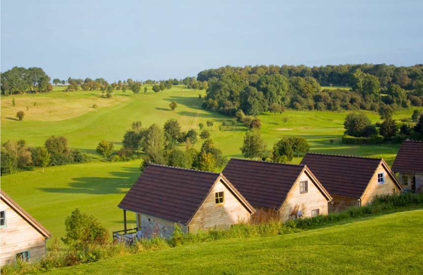 Country cottage at the family-friendly resort Domaine du Val, northern France