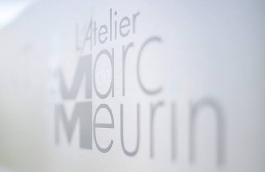 A romantic dinner at Atelier Marc Meurin is included. It's a stunning setting in the grounds of the Louvre Lens museum