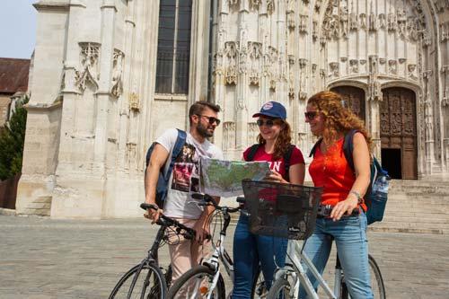 London to Paris cycle - Senlis - French Weekend Breaks