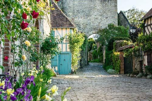 Gerberoy - French Weekend Breaks
