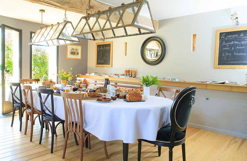 Breakfast at le Clos du Miroir can be enjoyed in the main house or (weather permitting!) on the lovely terrace