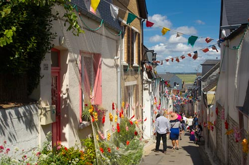 The pretty village of Saint-Valery-sur-Somme - Visit France