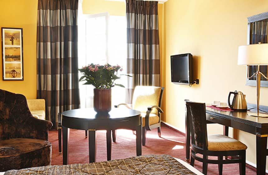 Foodie break in Boulogne sur Mer, La Matelote 4* hotel in Northern France