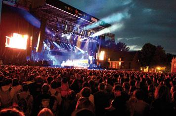 Main Square Festival in Arras - French Weekend Breaks