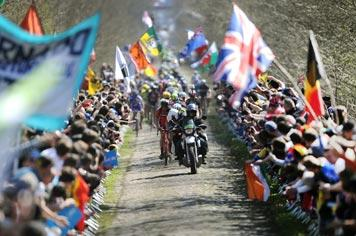 Major Event - The cycle race Paris-Roubaix in Northern France - Visit France